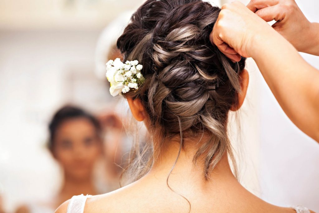 dia da noiva no salão de beleza