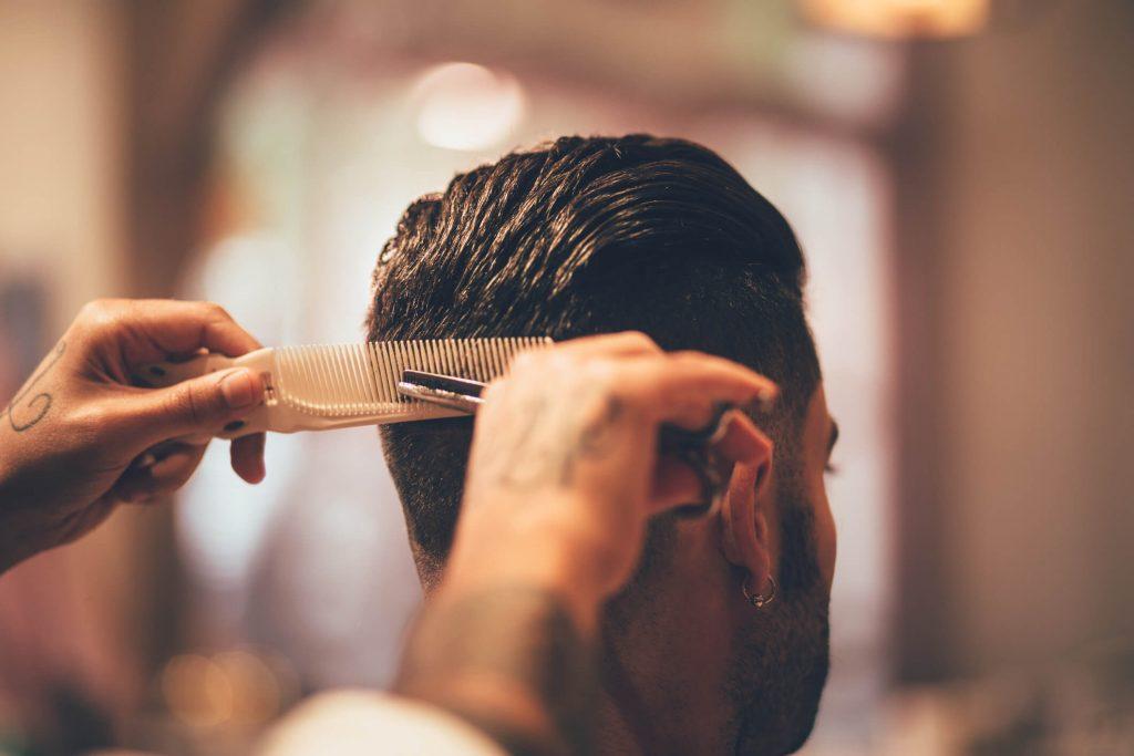 fique por dentro das maiores tendências em cortes de cabelo masculino