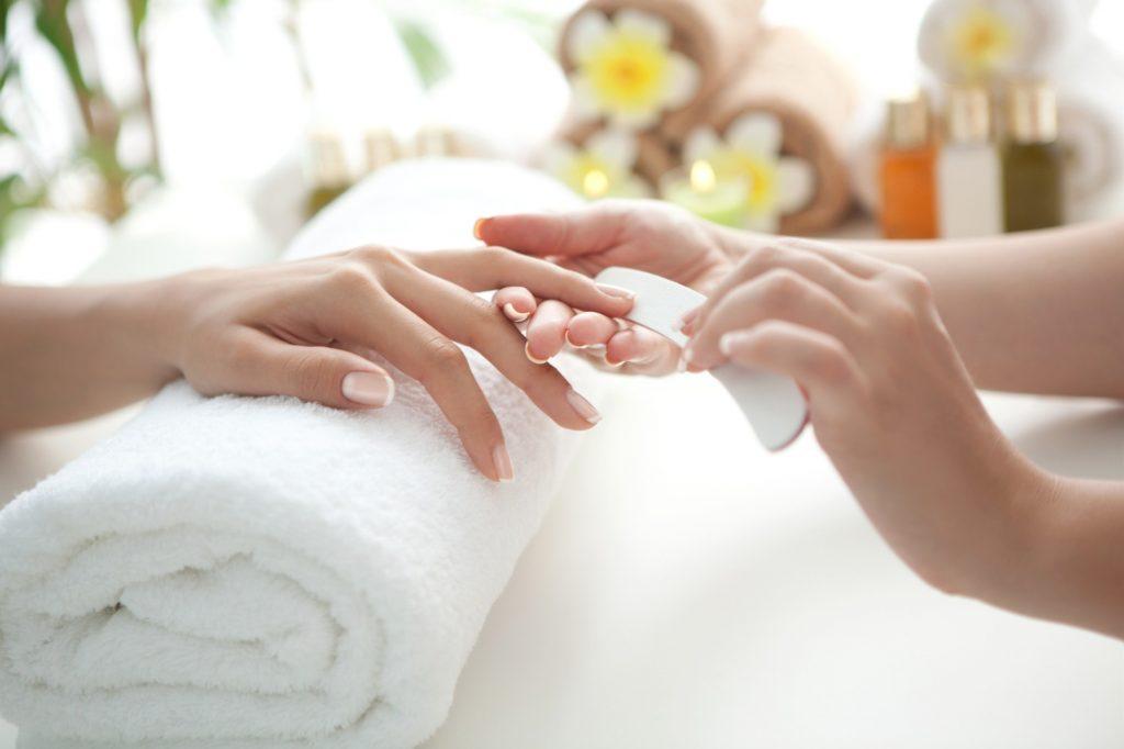 cuidados no serviço de manicure