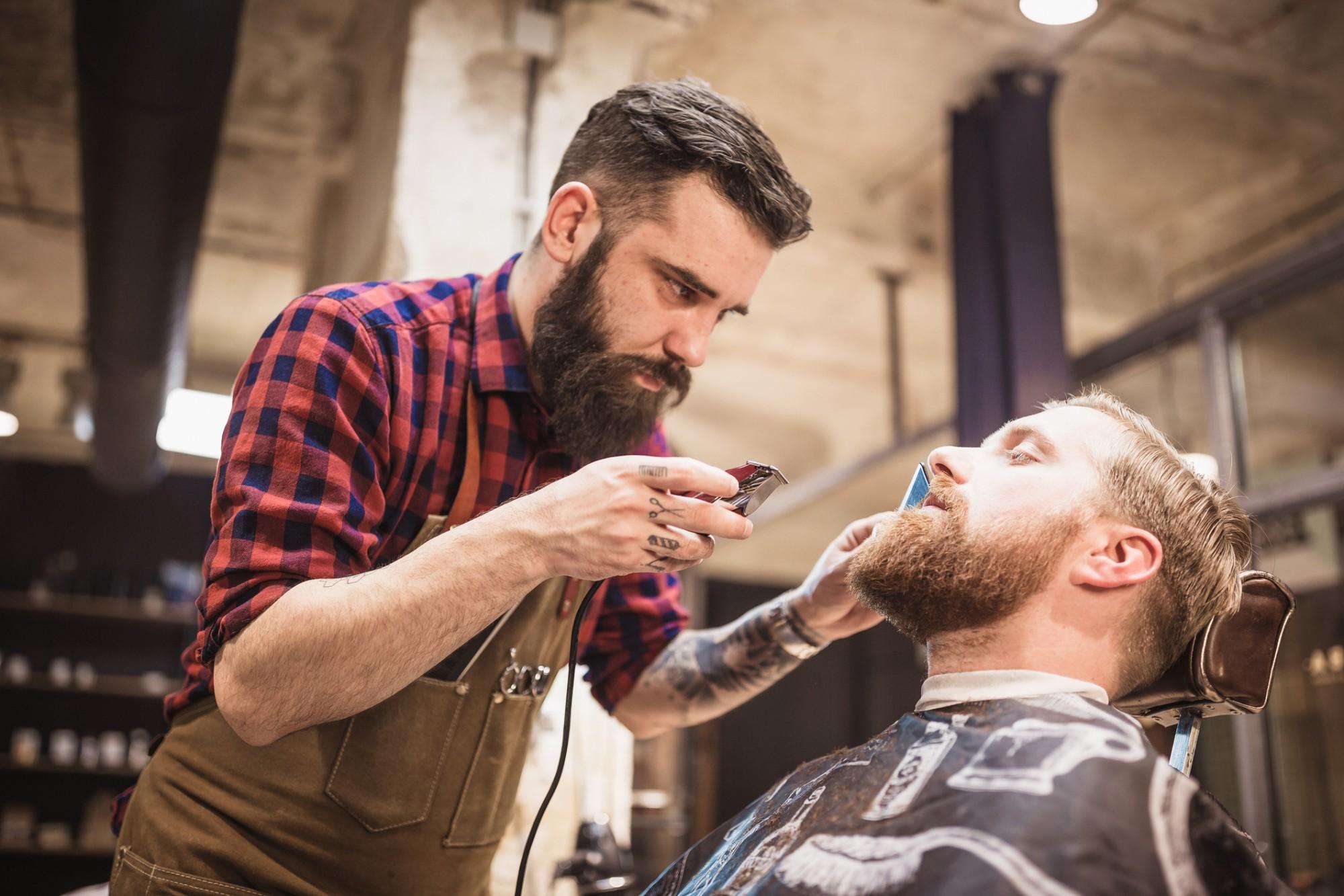 5 cuidados com a barba para a rotina do dia a dia