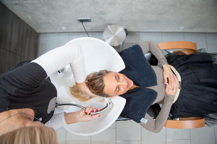 Dia do cabeleireiro: veja aqui a evolução desta profissão!